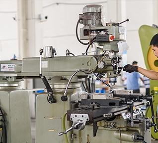 焊接操作中心配置的夹具要满足哪些基本要求