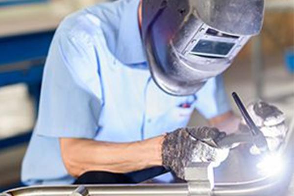 浅谈焊接机器人的结构组成及工作原理